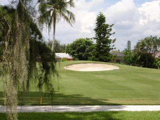 The Glades Golf & Country Club, Naples