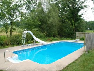 House for Penn State Football & Vacation Weekends, Allensville