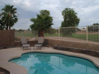 3BR Home & Private Pool, Golf, & Mountain Views, Avondale
