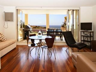 Captivating Beachside Apartment, Clovelly