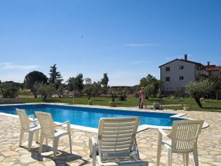 Apartment with pool for 5 people - (02), Fazana