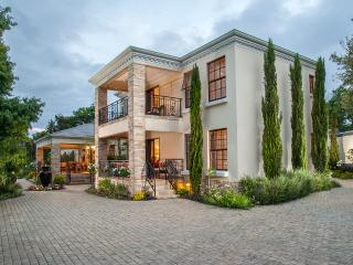 Luxury 5 Star Guest House / B+B in Cape Wine Lands, South Africa, Somerset West