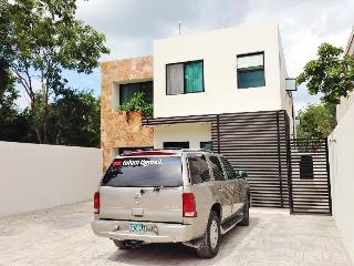 Tulum Happy House Sleeps 6