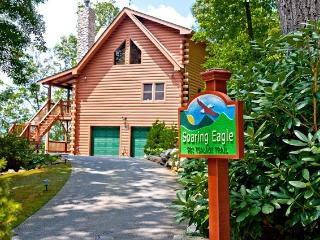 Luxury Vacation Log Home In the Smokies, Maggie Valley