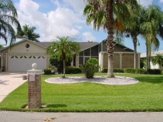 Bella Villa, Romantic, Tropical, Waterfront Dream, Cape Coral