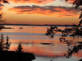 Frenchman Bay Retreat (July 7-July11 Special Rate), Ellsworth