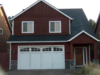 Affordable Luxury Home Close to Beach/Restaurants, Pacific City