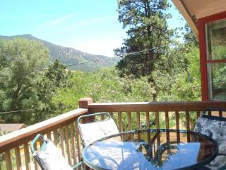 ROCKY MOUNTAIN RETREAT: MTN VIEW, NATL FOREST, Colorado Springs