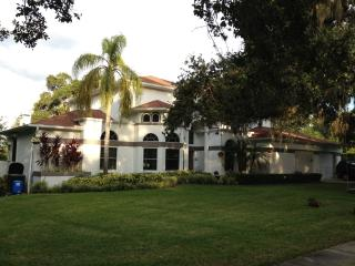 Mother-in-Law Suite close to beach, Clearwater