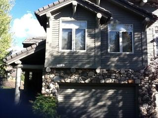 Large Townhome W/ Fab Views, Sun Valley