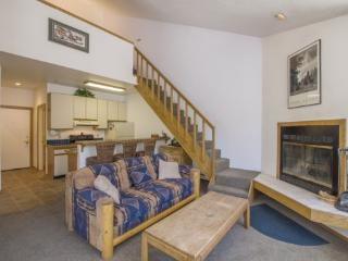 Two Bedroom Loft with unparalleled view, Sun Meadows Four #308, Kirkwood