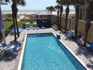 Oceanfront Pool Vacation Rental 5 Master Suites, Saint Augustine Beach