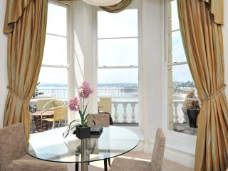 Stunning sea views with balcony  one bed (8), Torquay