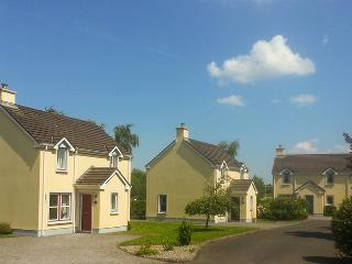 Waterside Cottages, Nenagh