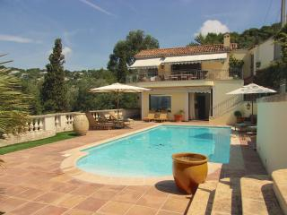 La Californie Villa, Superb Cannes Rental with a Pool, Sauna, Grill