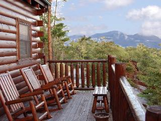 View Catcher dramatic view of Smoky Mountains, Sevierville