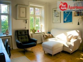 Very Cozy Apartment in a Calm Residential Area, Frederiksberg