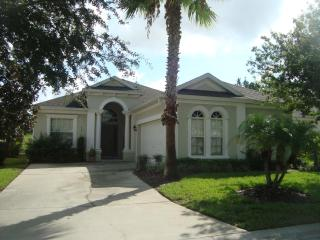 Calabay Parc Luxury 4 Bed Home Private Pool conservation views Games Room Hot Tub. Free Wi-fi, Davenport