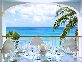 Old Trees 12 SPECIAL OFFER: Barbados Villa 191 Just Steps Away From The Pristine White Sands And Tranquil Blue Waters Of The Caribbean Sea., Paynes Bay