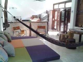 BEST OPTION IN TULUM: NEW CONDO EK BALAM, 1 BEDROOM, WITH POOL AND HUGE TROPICAL GARDEN, Tulum