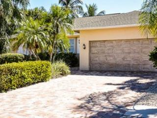 Spanish Ct - SPAN1211 - Charming Waterfront Home!, Marco Island