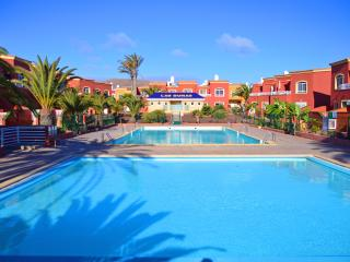 Owners direct 'Kalmahouse' Villa with pool, Corralejo