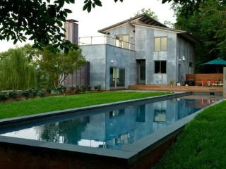 Woolen Mills Retreat:: Modern home with pool, Charlottesville