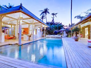Gorgeous&delightful 4 bedrooms villa in Seminyak