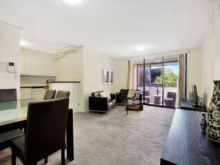 Spacious and Sophisticated Apartment, Sydney
