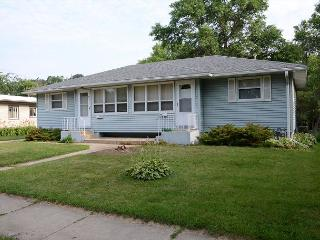 Brand New Rental - Close to Mayo Clinic and St Mary's! Luxury and amenities!, Rochester
