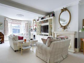 Kingwood Road II by Onefinestay, Londres