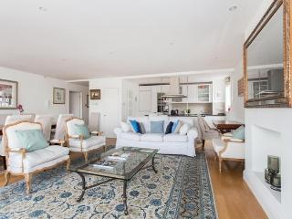 Cheyne Walk IV by Onefinestay, Londres