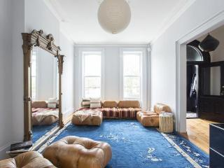 Hoyt Townhouse by Onefinestay, Brooklyn