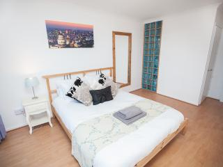 'SPECIAL PRICE' Islington Apartment (zone 1), London