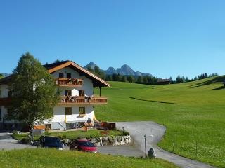 Luxury 2-bedroom apartment with sauna, Seefeld in Tirol