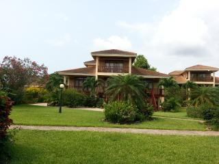 Belize villa, Hopkins