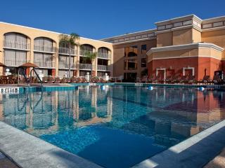 Affordable Luxury Westgate Towers 2 bdrm condo, Kissimmee