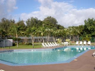 2 BR/2BA Condo across from Kalapaki Beach Park- ONLY available 9/17-9/24 yearly, Lihue