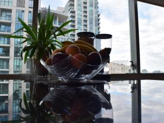 Save $$$ - Harbourfront 2bd / 2bth, Toronto