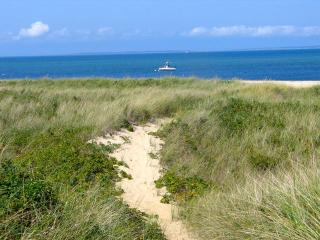 Aquinnah Waterfront Rental With Private Beach! (Aquinnah-Waterfront-Rental-With-Private-Beach!-AQ606)