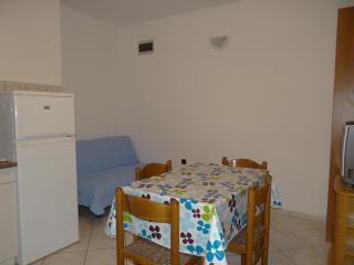 APARTMENT A3a  NEAR THE BEACH, Pag