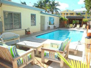 Ideal Vacation Beach Villa with Heated Pool, Pompano Beach