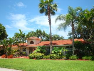 The Perfect Waterfront Vacation Pool Home, Boca Raton
