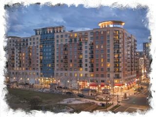 Luxury Condo in National Harbor - Near the Capitol, Oxon Hill