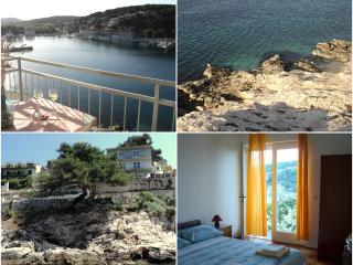 CHARMING ROOM WITH SEA VIEW, Jelsa