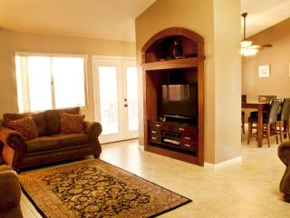 Upscale 4 Bedroom Vacation Home W/ Golf Discounts, Mesquite