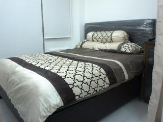 CONDO FOR RENT @ AZURE - FULLY FURNISHED W/ WIFI, Paranaque