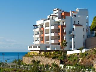 Elegant Seaview Apartment Parking included, Torrox