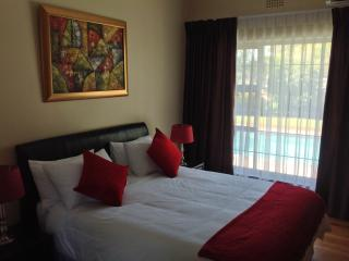 Stunning 4 star guest house in CapeTown, Pinelands
