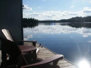 Loon Lake Waterfront Cottage - near Westport, ON, Rideau Lakes